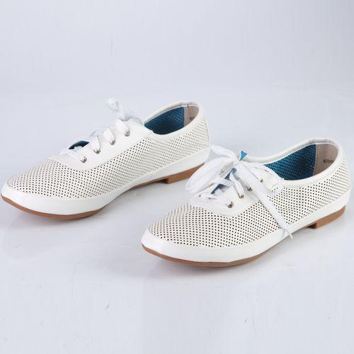 Ботинки женские перфорированные на шнуровке