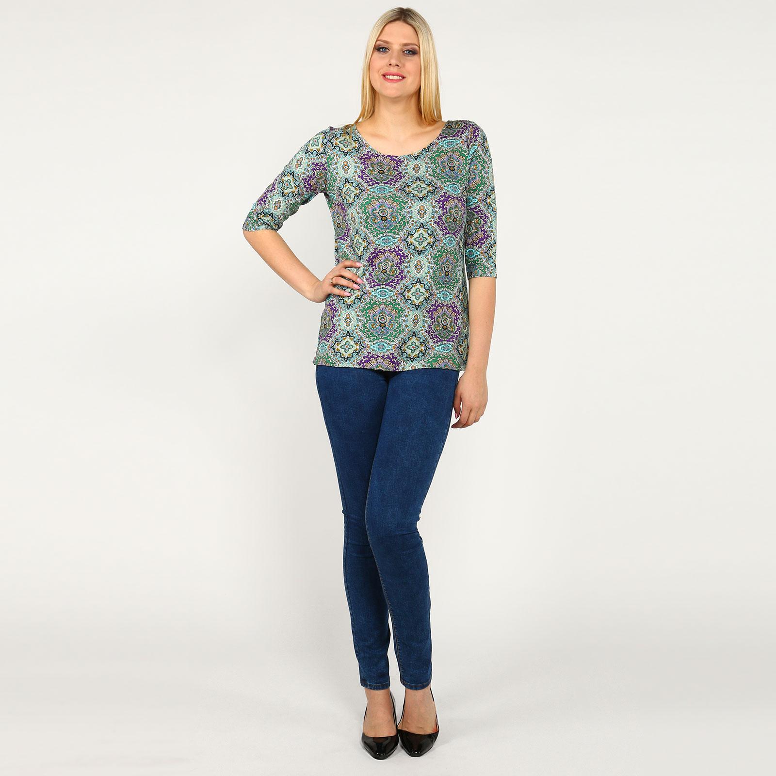 Блуза с округлым вырезом и узором