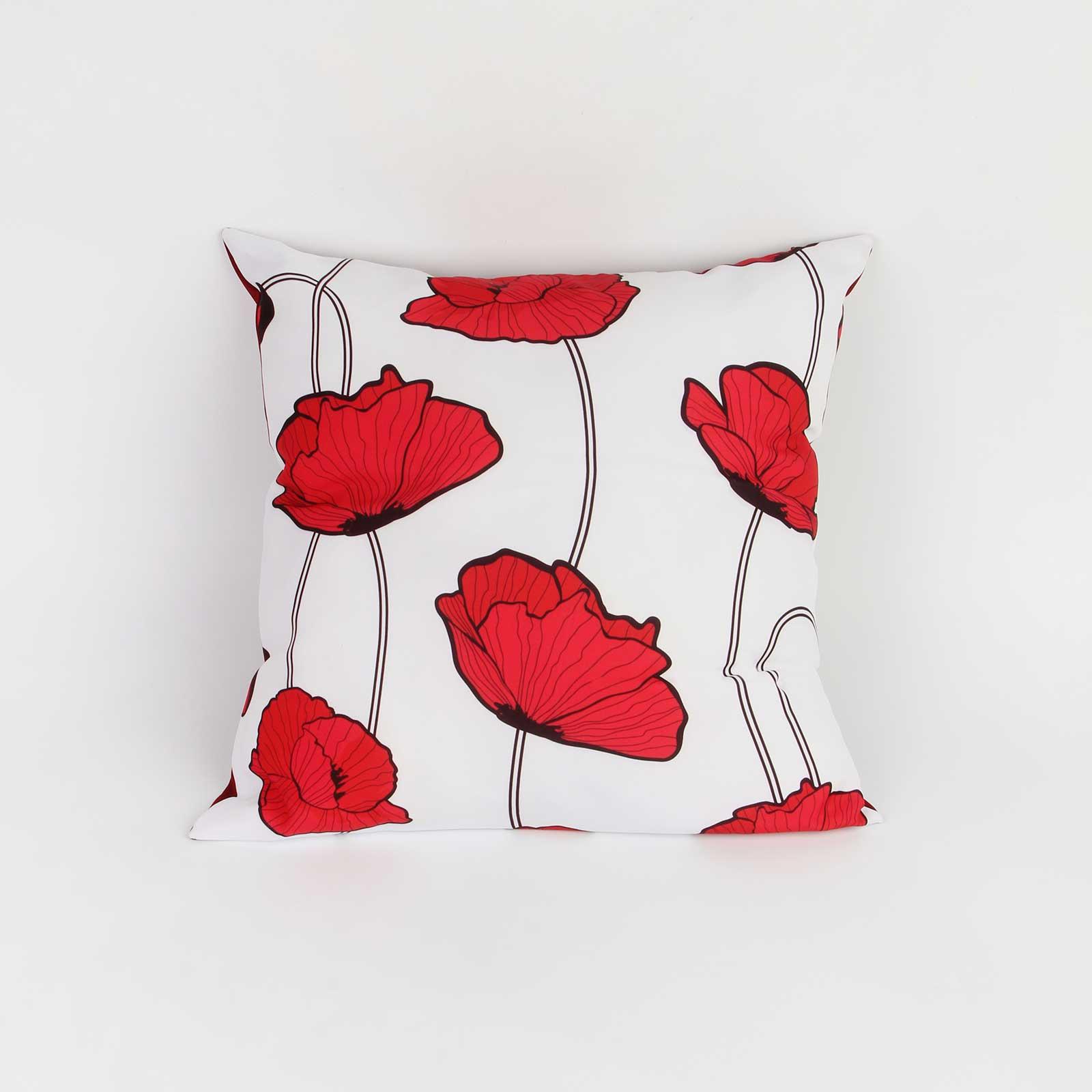 Подушка декоративная «Маки на белом»