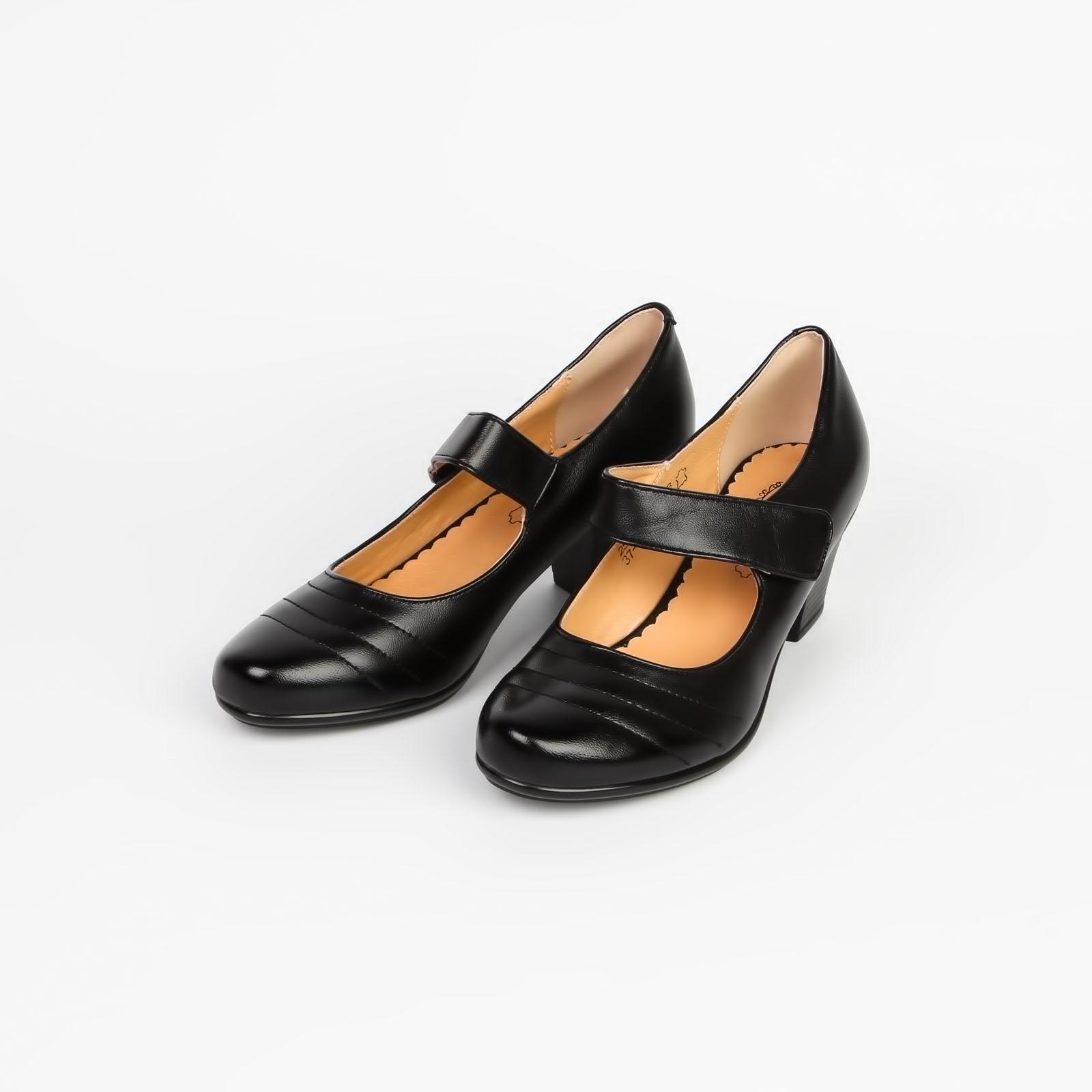 Туфли женские с элегантной застежкой на устойчивом каблуке