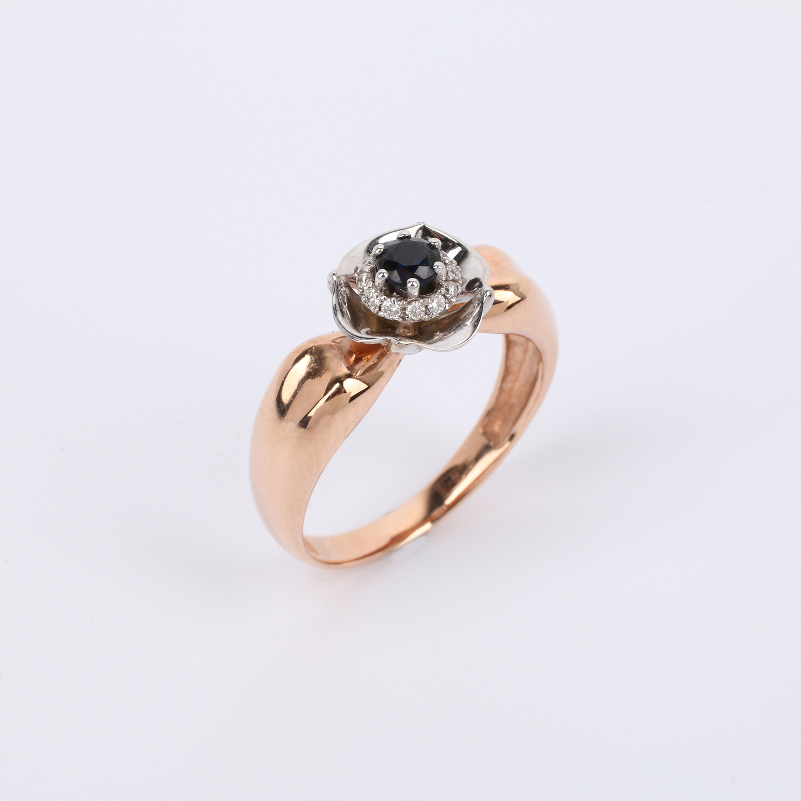 """Бриллиантовое золотое кольцо """"Реликвия"""""""