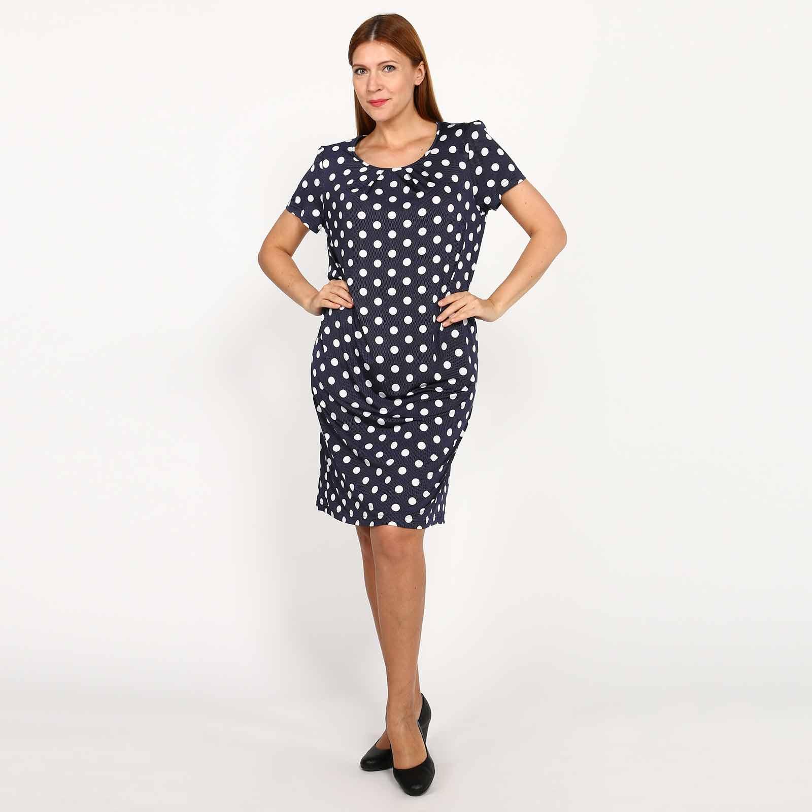 Платье средней длины с короткими рукавами
