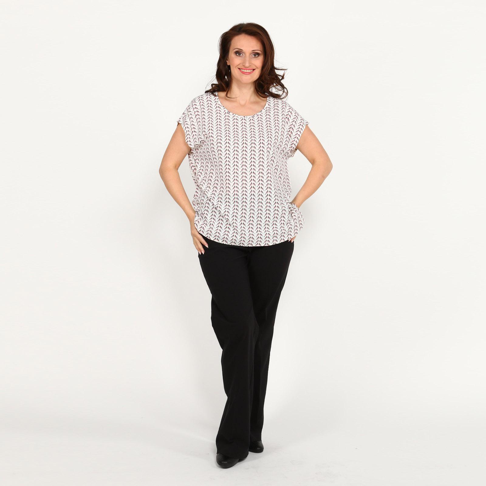 Блуза с разрезами по бокам