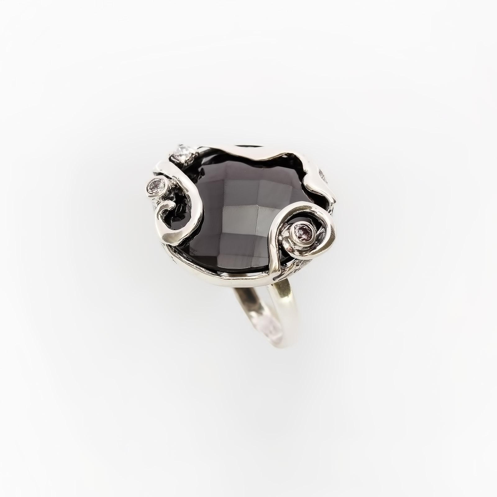 Серебряное кольцо «Царица ночи»