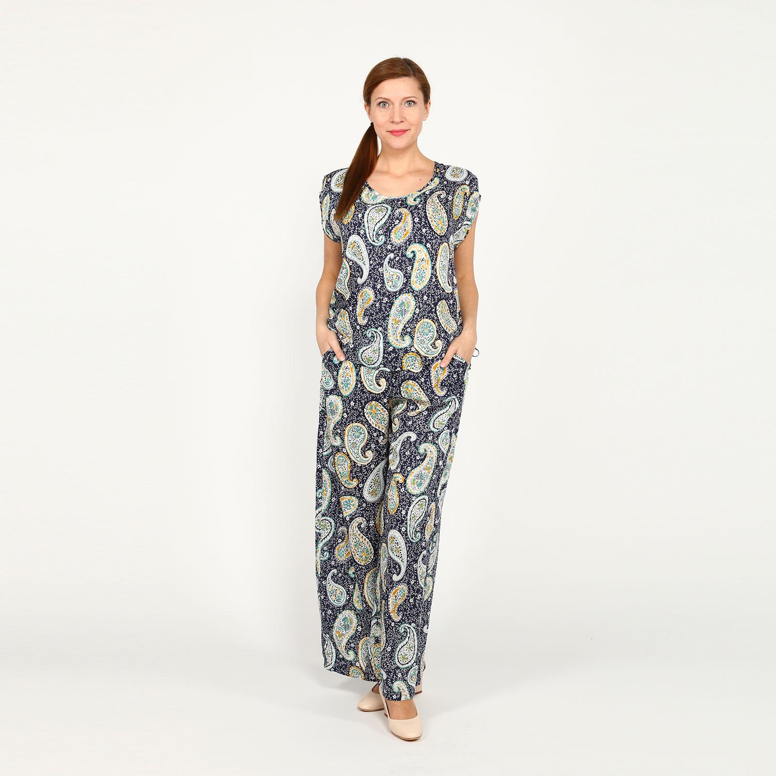 Комплект: блуза и брюки с принтом