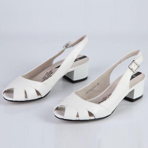 Женские босоножки на комфортном каблуке с регулируемым ремешком