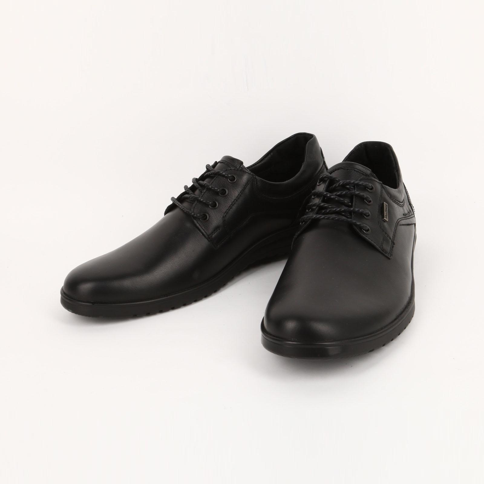 Пoлyботинки мужские на шнуровке