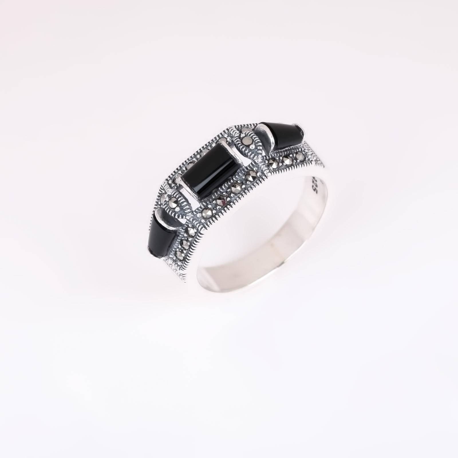 Серебряное кольцо «Интрига»