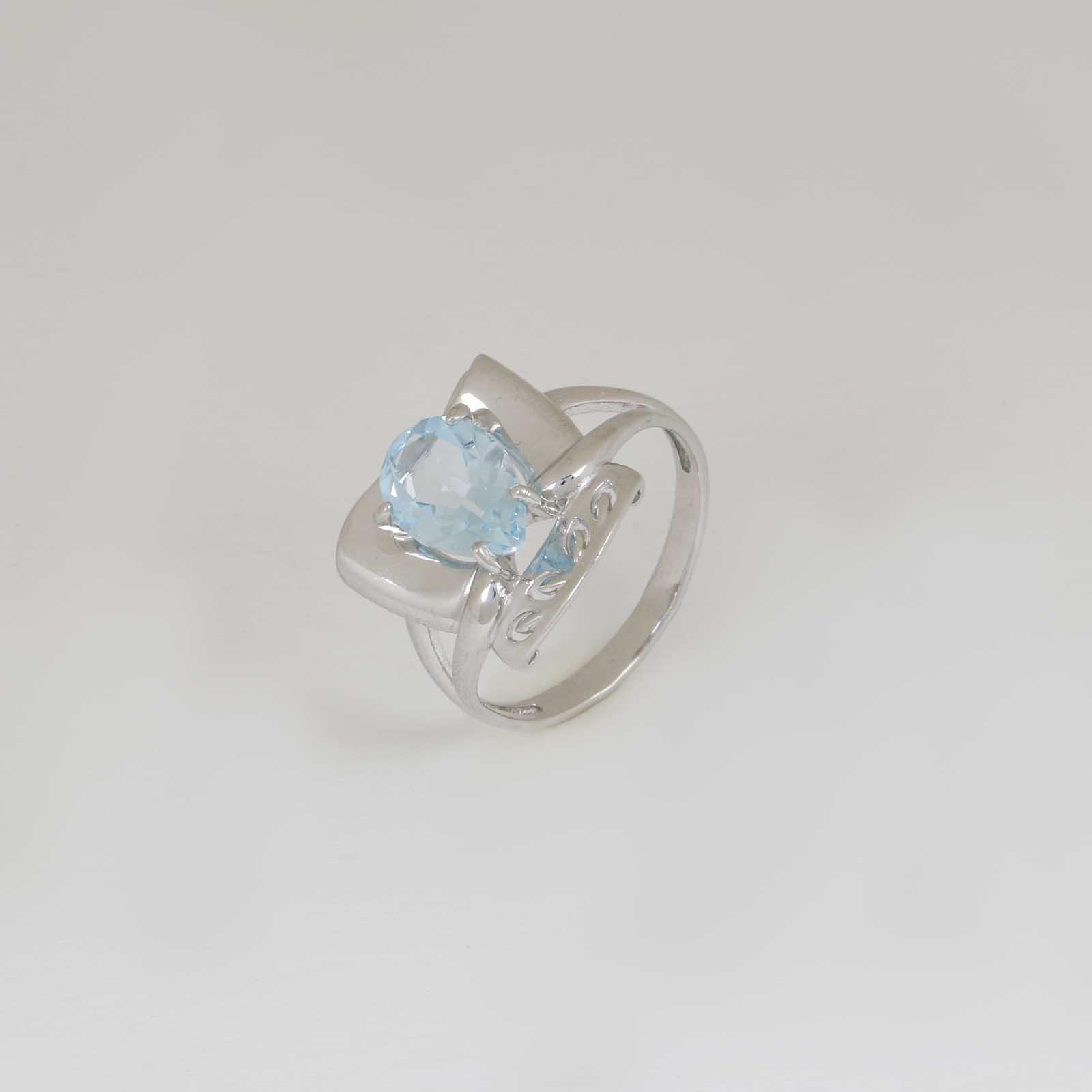 Серебряное кольцо «Нежные переливы»