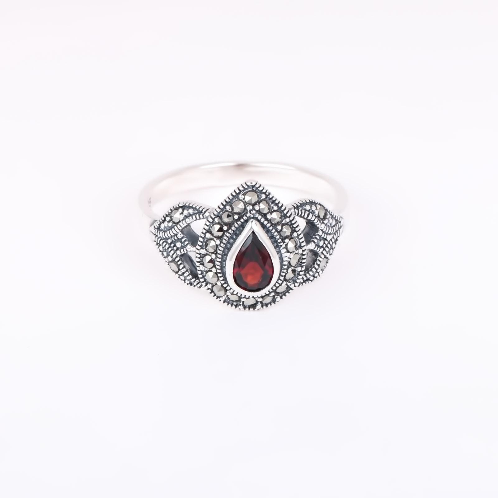 Серебряное кольцо «Сердечная встреча»