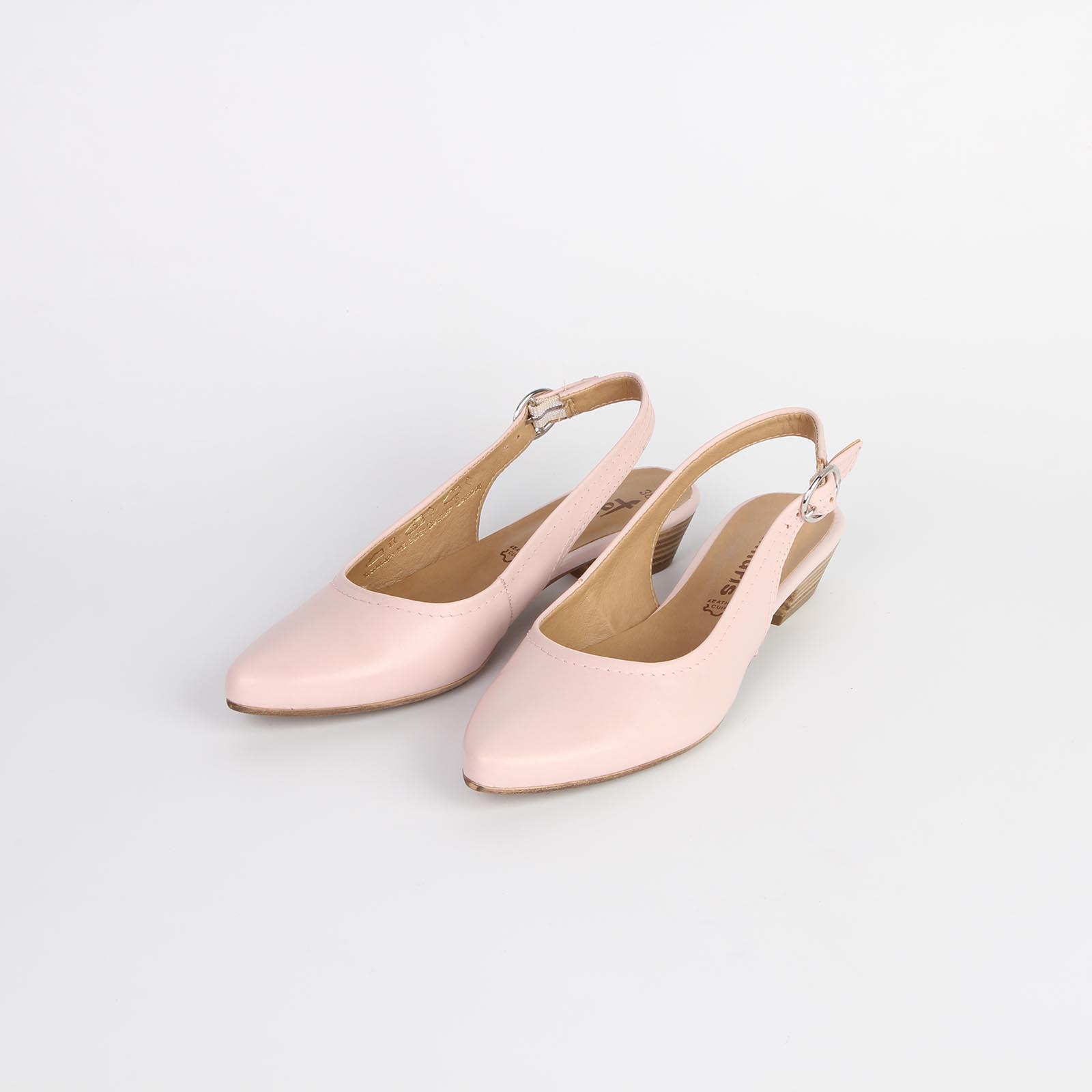 Туфли женские из натуральной кожи с регулируемым ремешком на низком каблуке