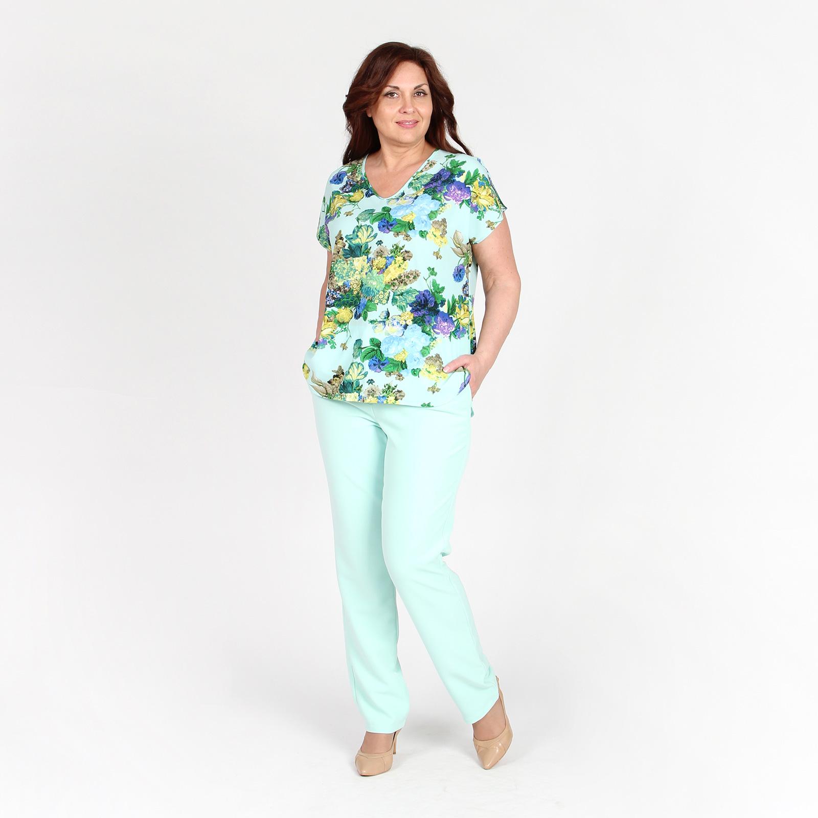 Блуза с V-образным вырезом и цветочным принтом