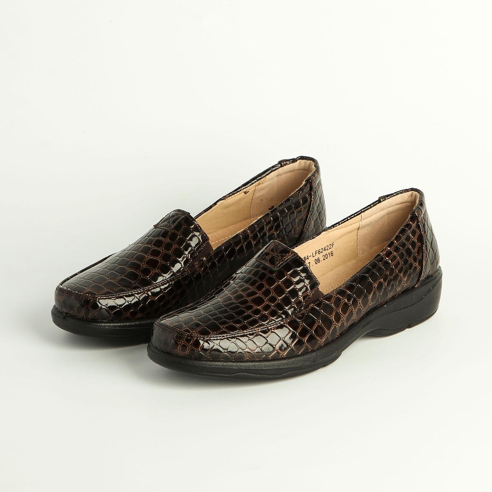 Туфли женские лакированные с  эластичными вставками