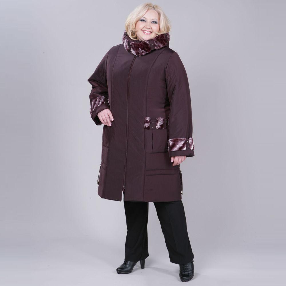Пальто утепленное с меховой отделкой