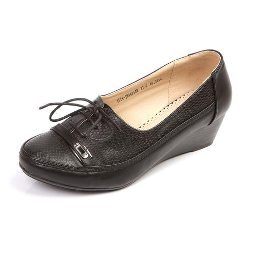 Женские туфли со шнурками