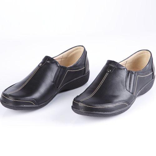 Ботинки женские украшенные строчкой и эластичной вставкой