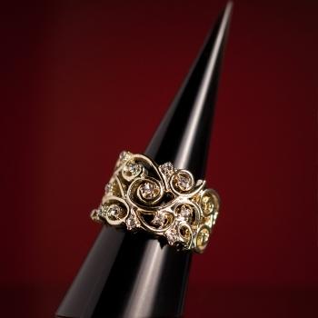 Кольцо «Клеопатра»