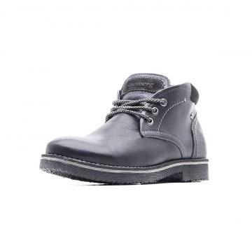 Высокие зимние ботинки на шнуровке
