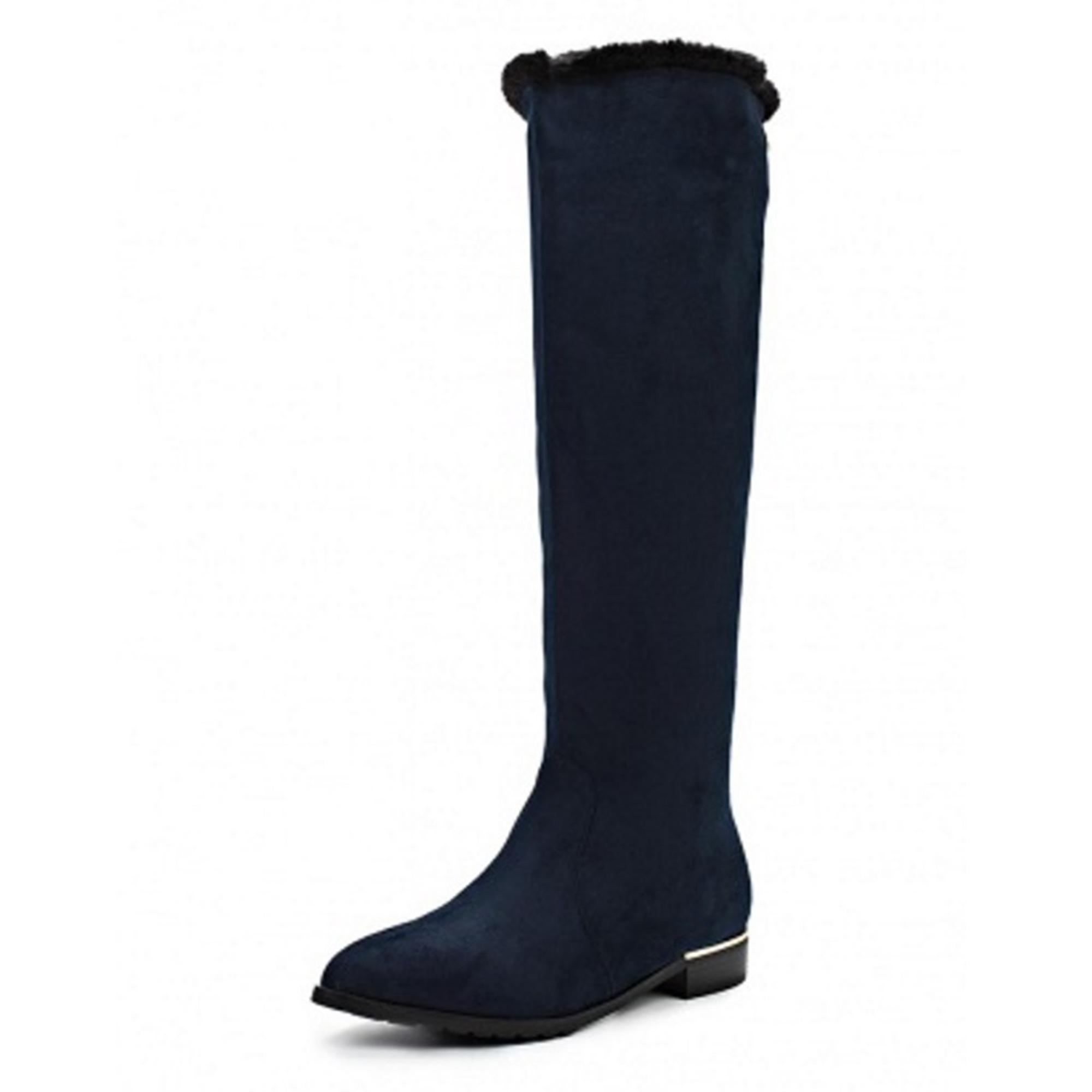 Элегантные женские зимние сапожки на низком каблуке