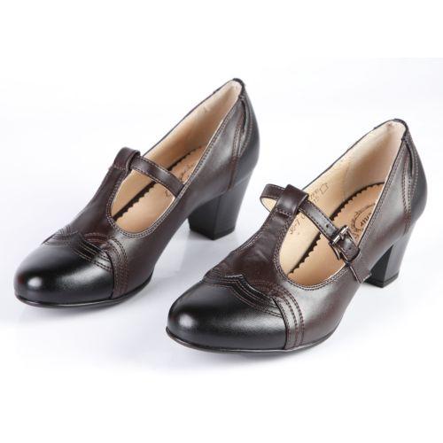Женские туфли украшенные узорной прострочкой