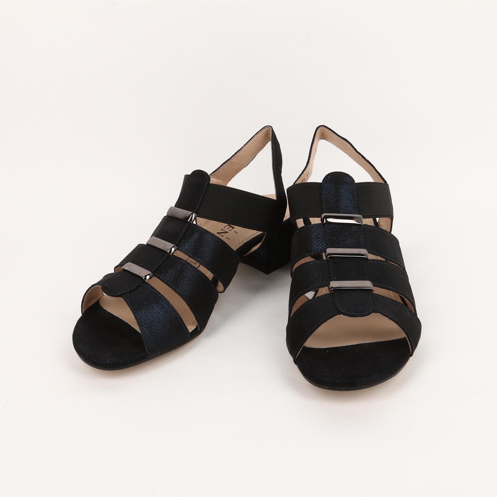 Босоножки женские на каблуке с ремешками