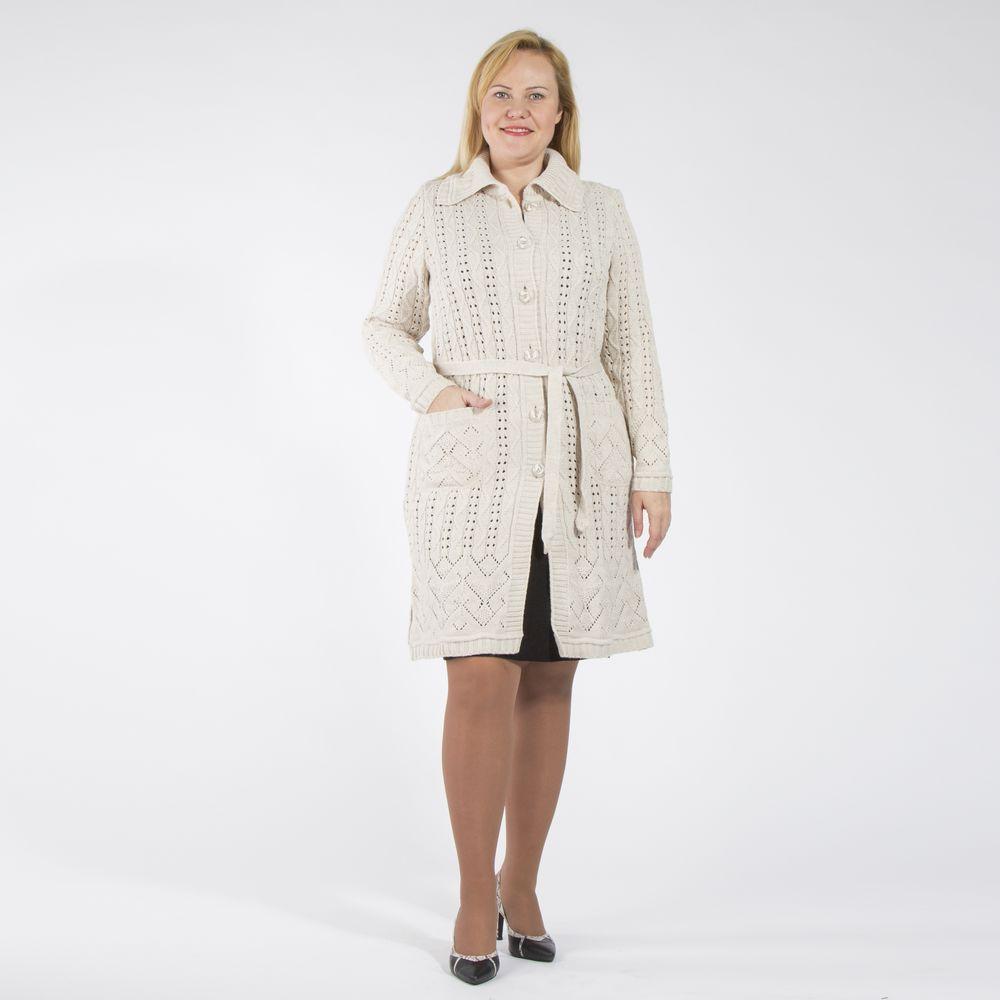 Пальто на пуговицах с ажурной вязкой и поясом