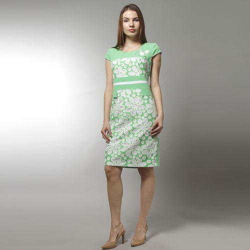 Платье с перфорацией в форме цветов и имитацией ремешка