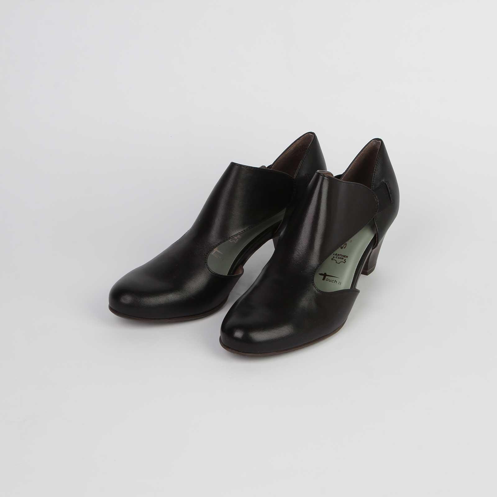 Туфли женские из натуральной кожи с вырезами по бокам