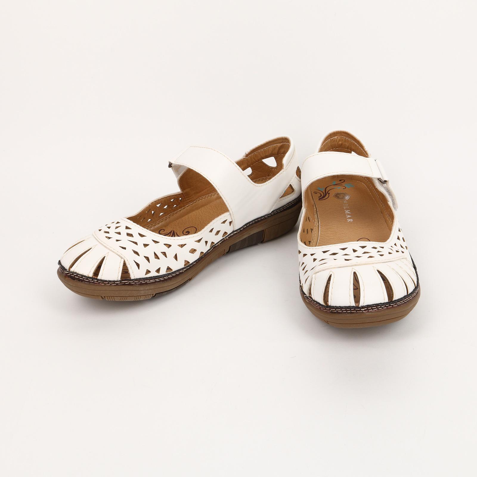 Туфли перфориванные с застежкой