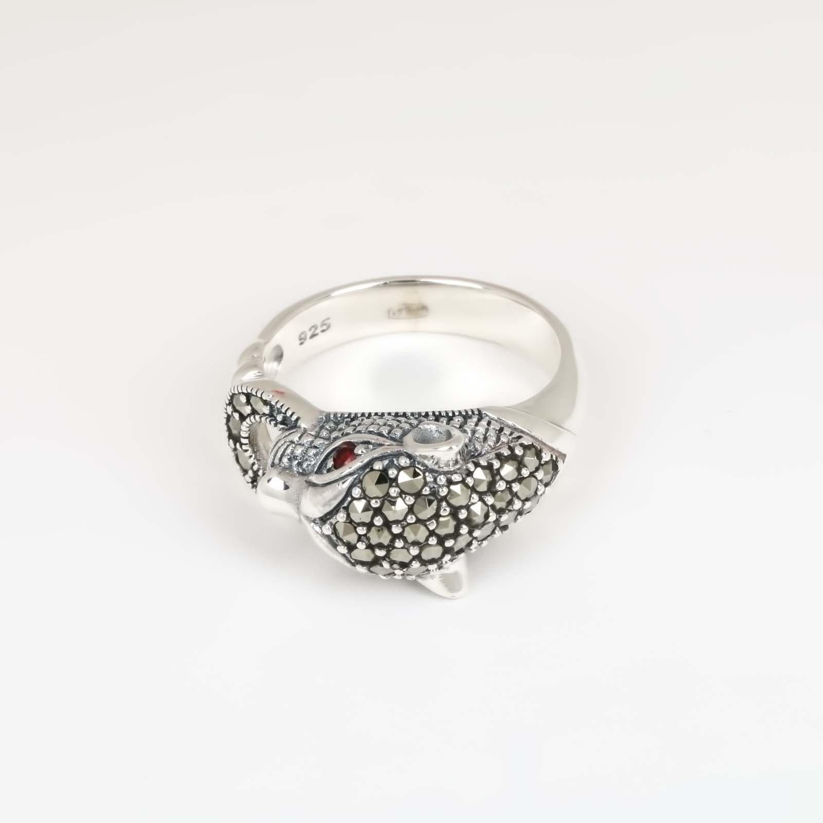 Серебряное кольцо «Пантера»