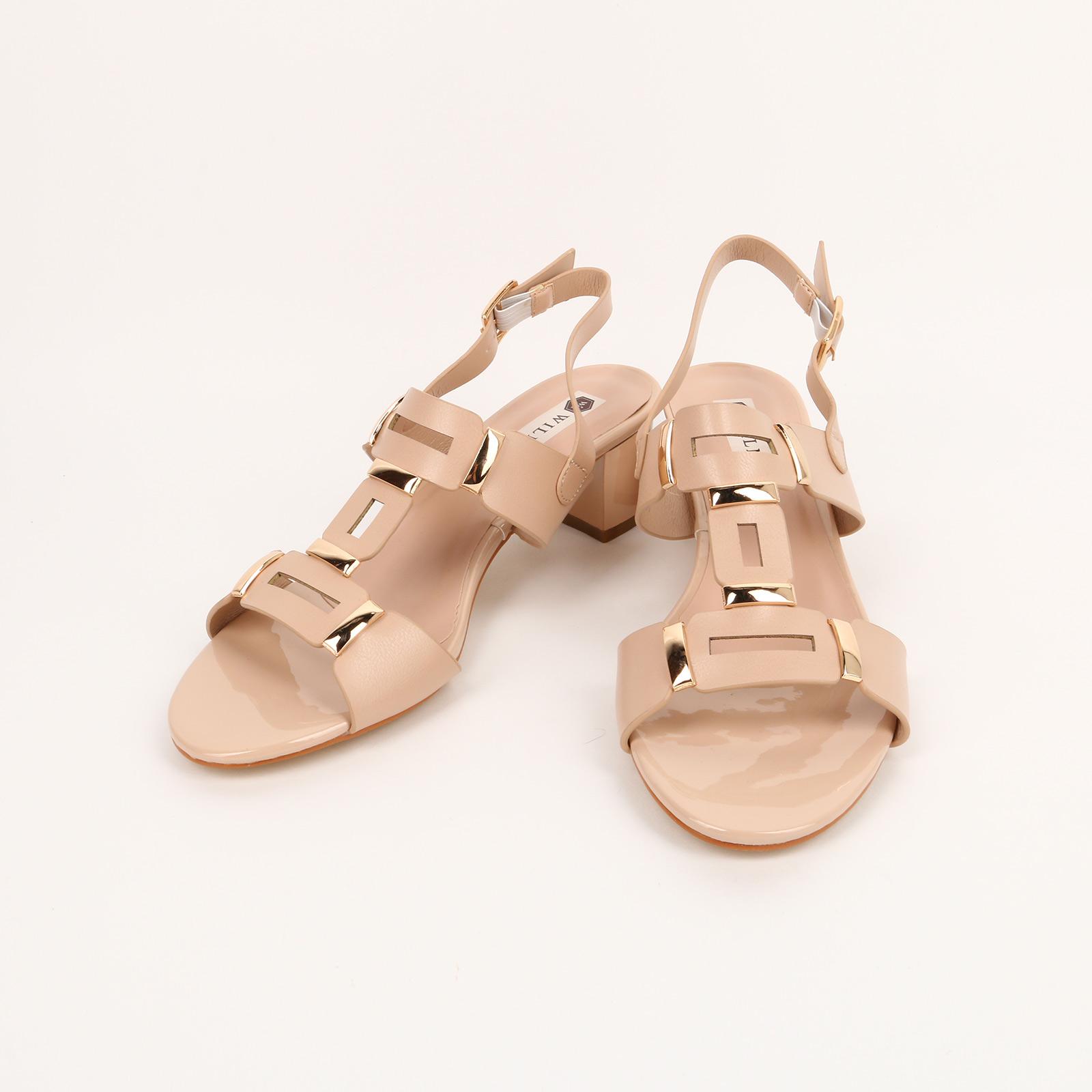 Туфли женские с металлическими вставками
