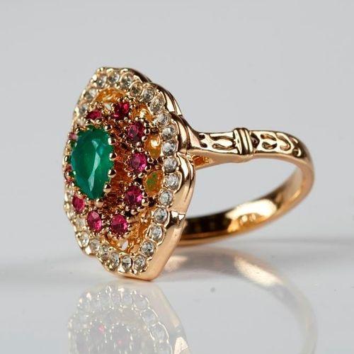 Кольцо «Изумрудные сокровища»