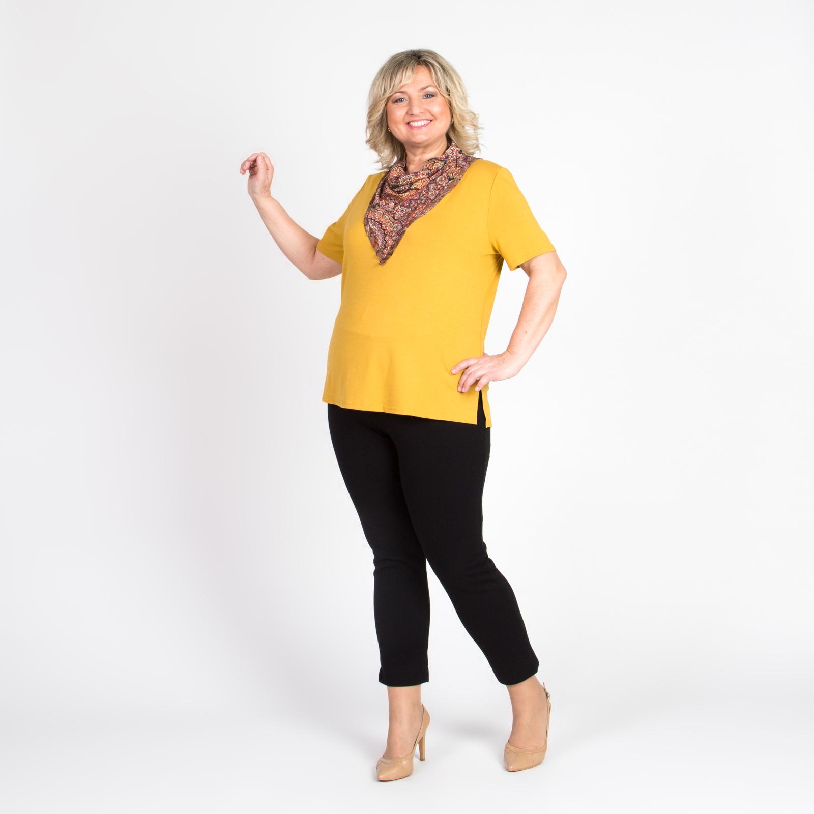 Блуза прямого кроя с дизайнерским воротом