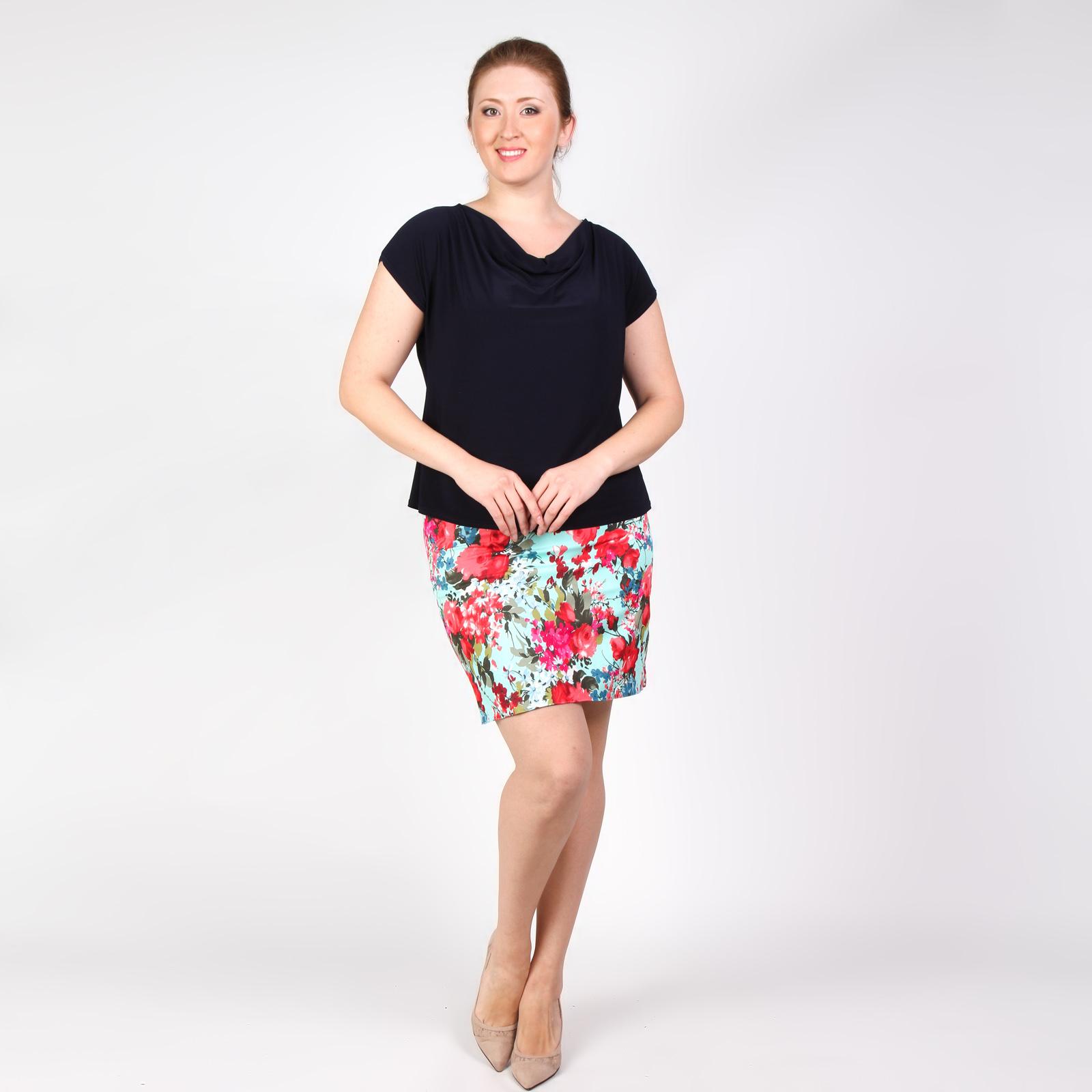 Юбка прямого кроя с ярким цветочным принтом