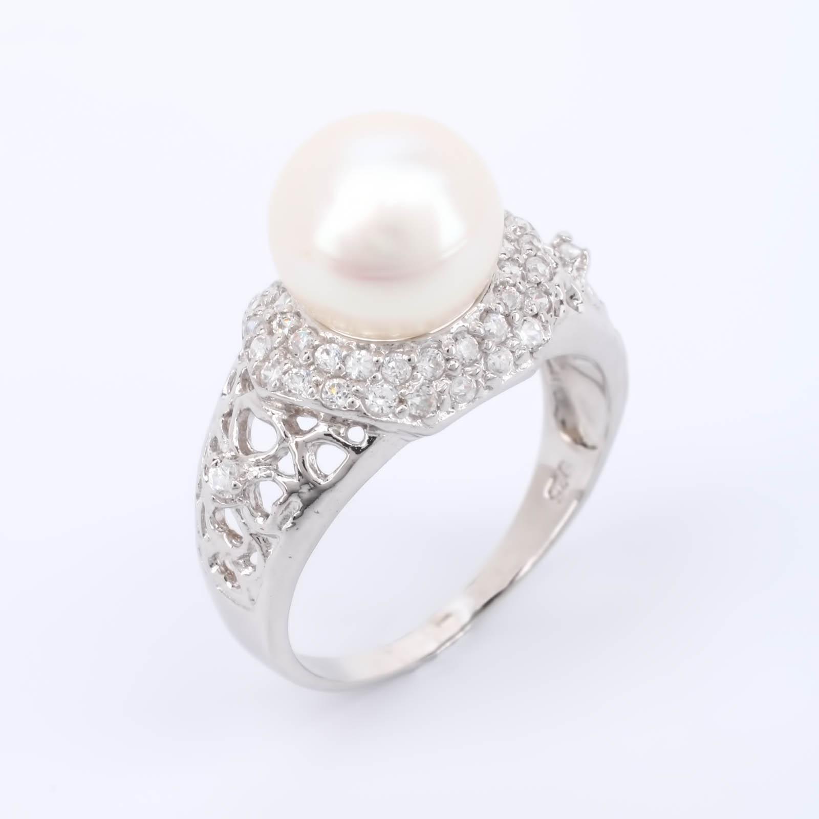 """Серебряное кольцо """"Драгоценная жемчужина"""""""