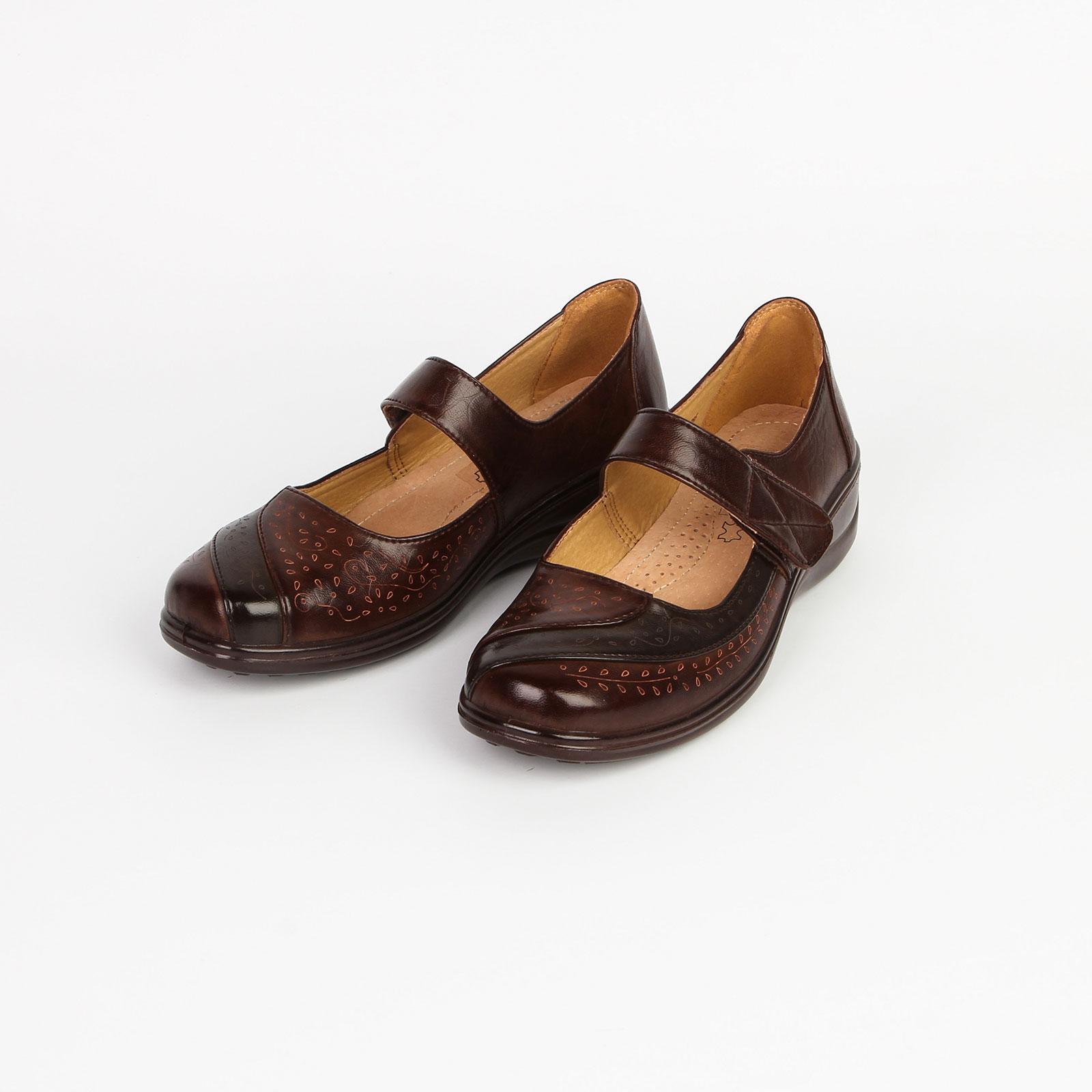 Туфли женские на липучке и с декорированной вставкой на мысу