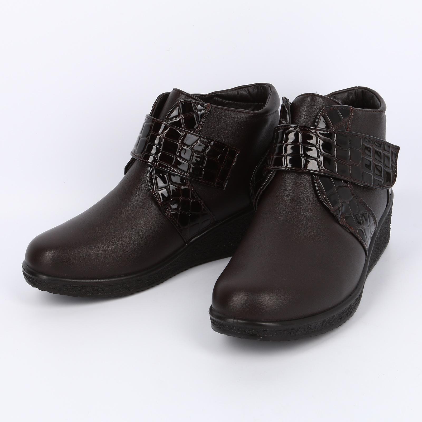 Ботинки на липучке со вставками под рептилию