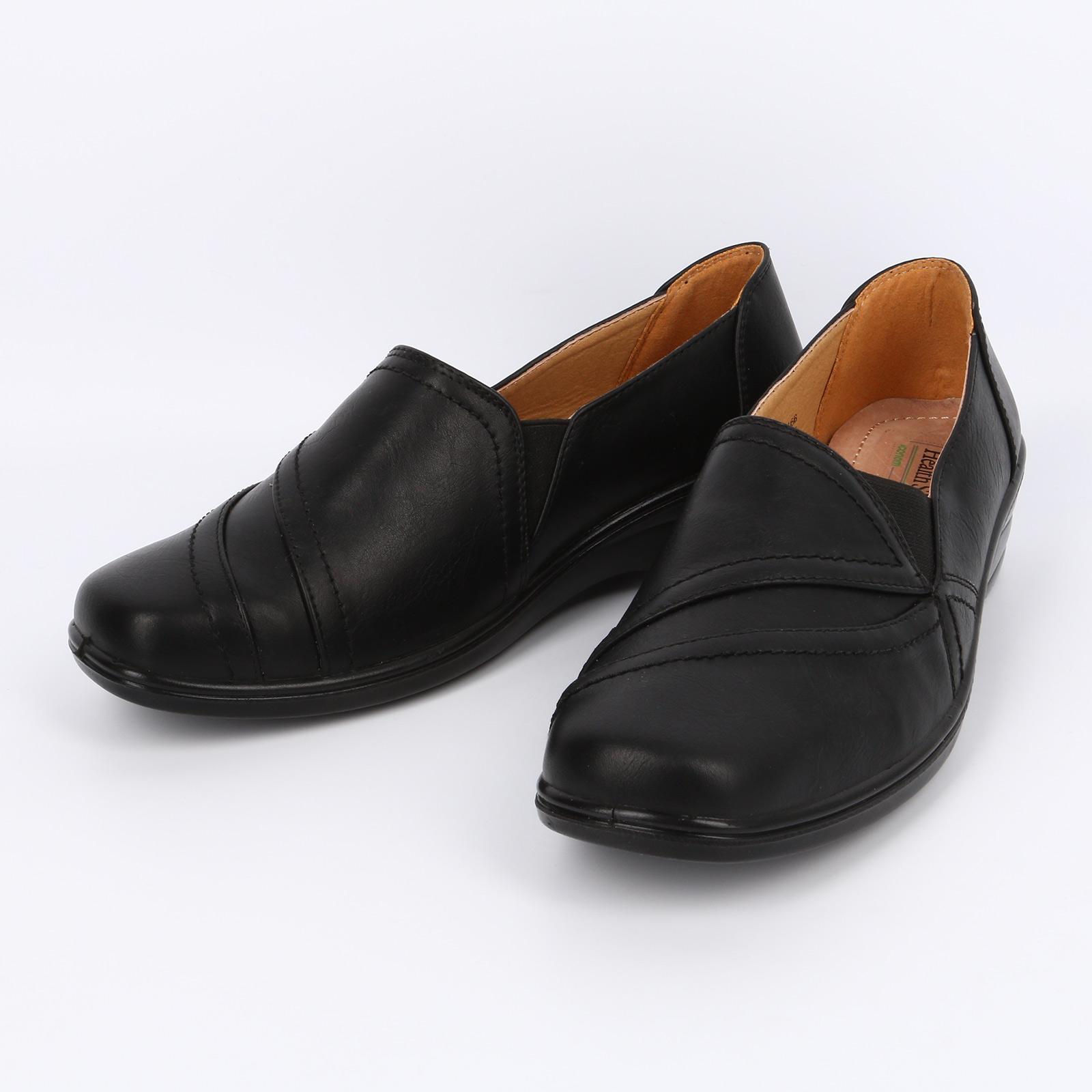 Туфли с декоративной строчкой и вставкой