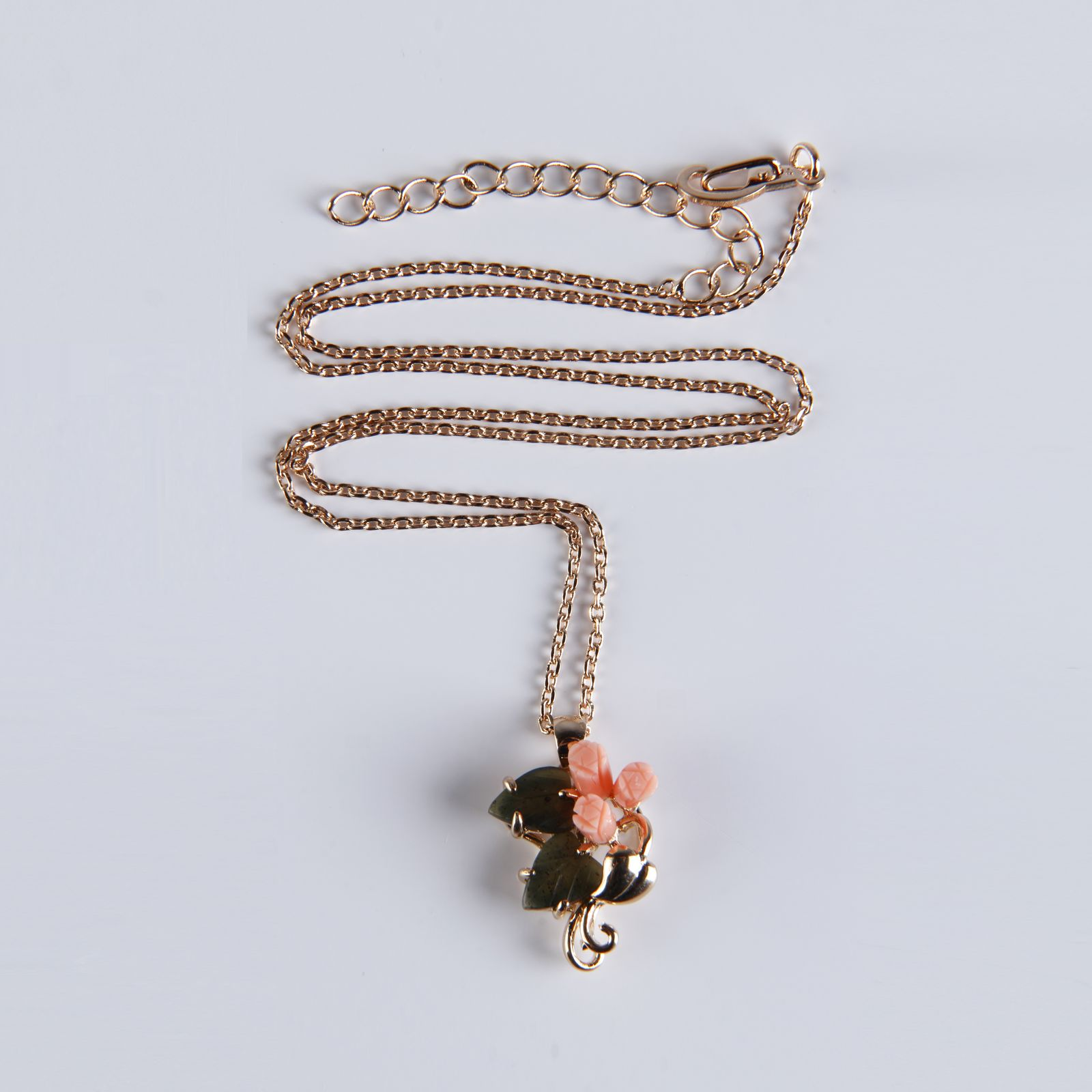 Кулон на цепочке «Букет любви»