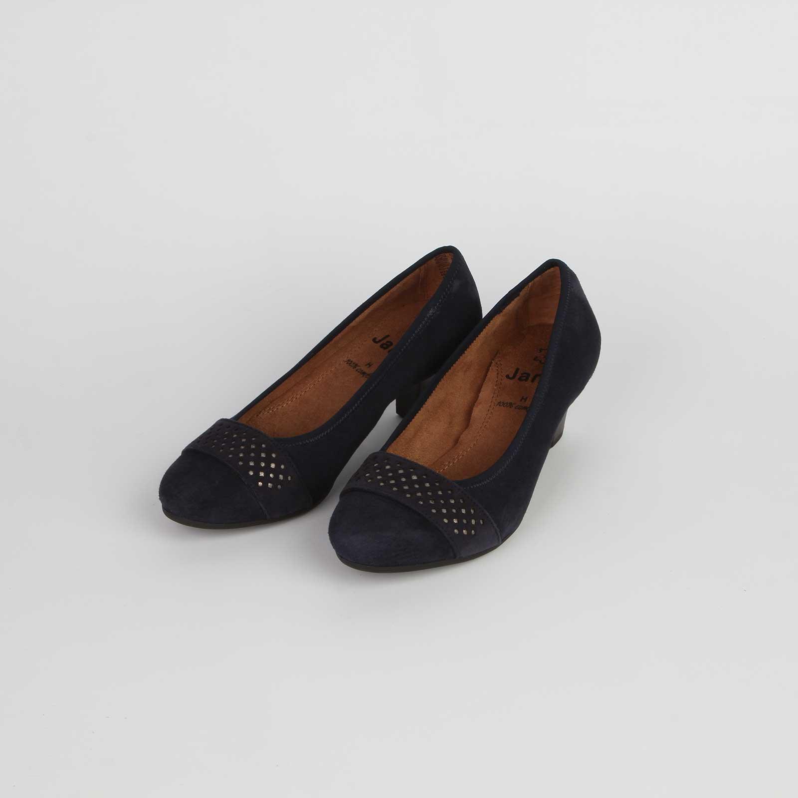 Туфли женские из натуральной кожи декорированные элегантным пояском на мысу