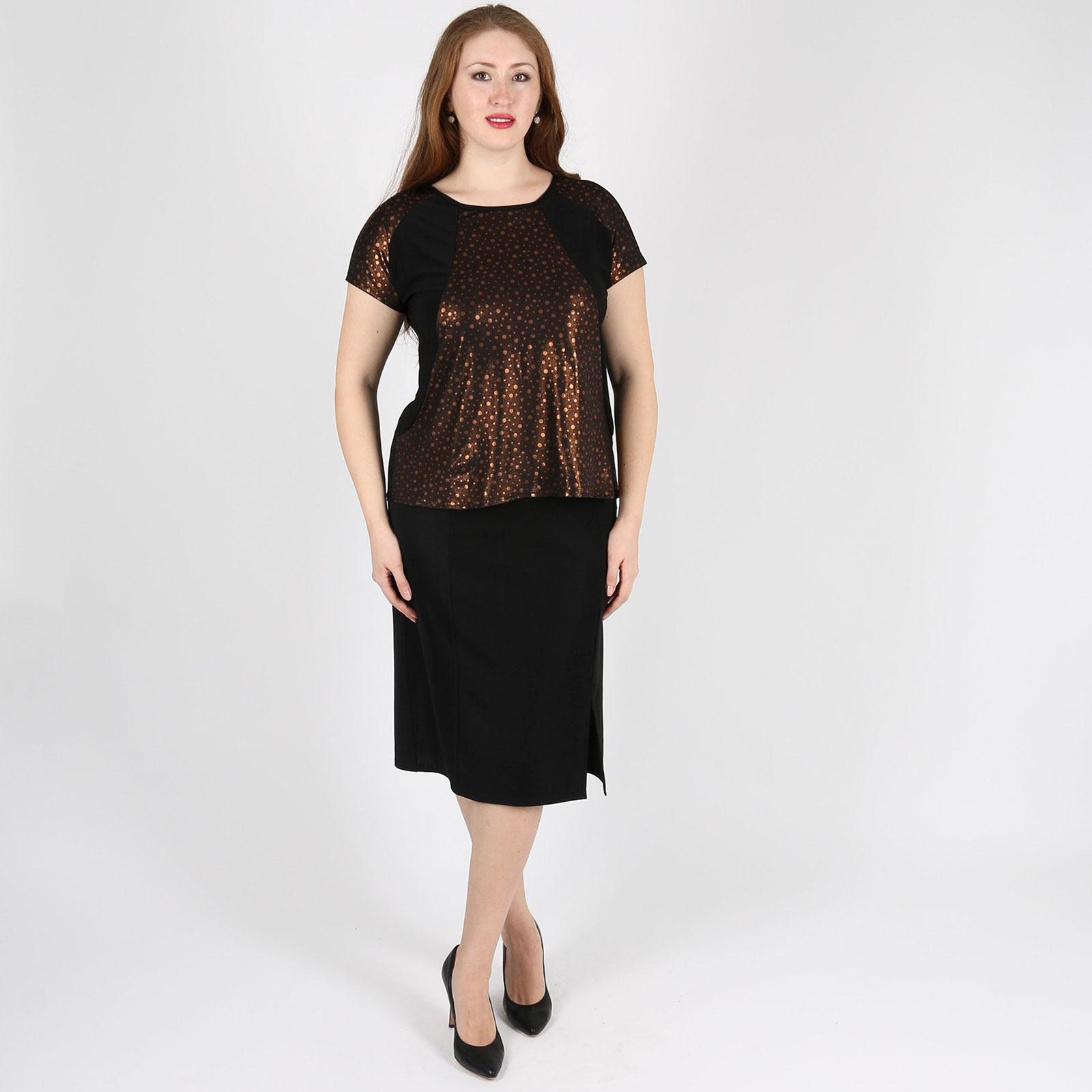 Блуза с оригинальной отделкой