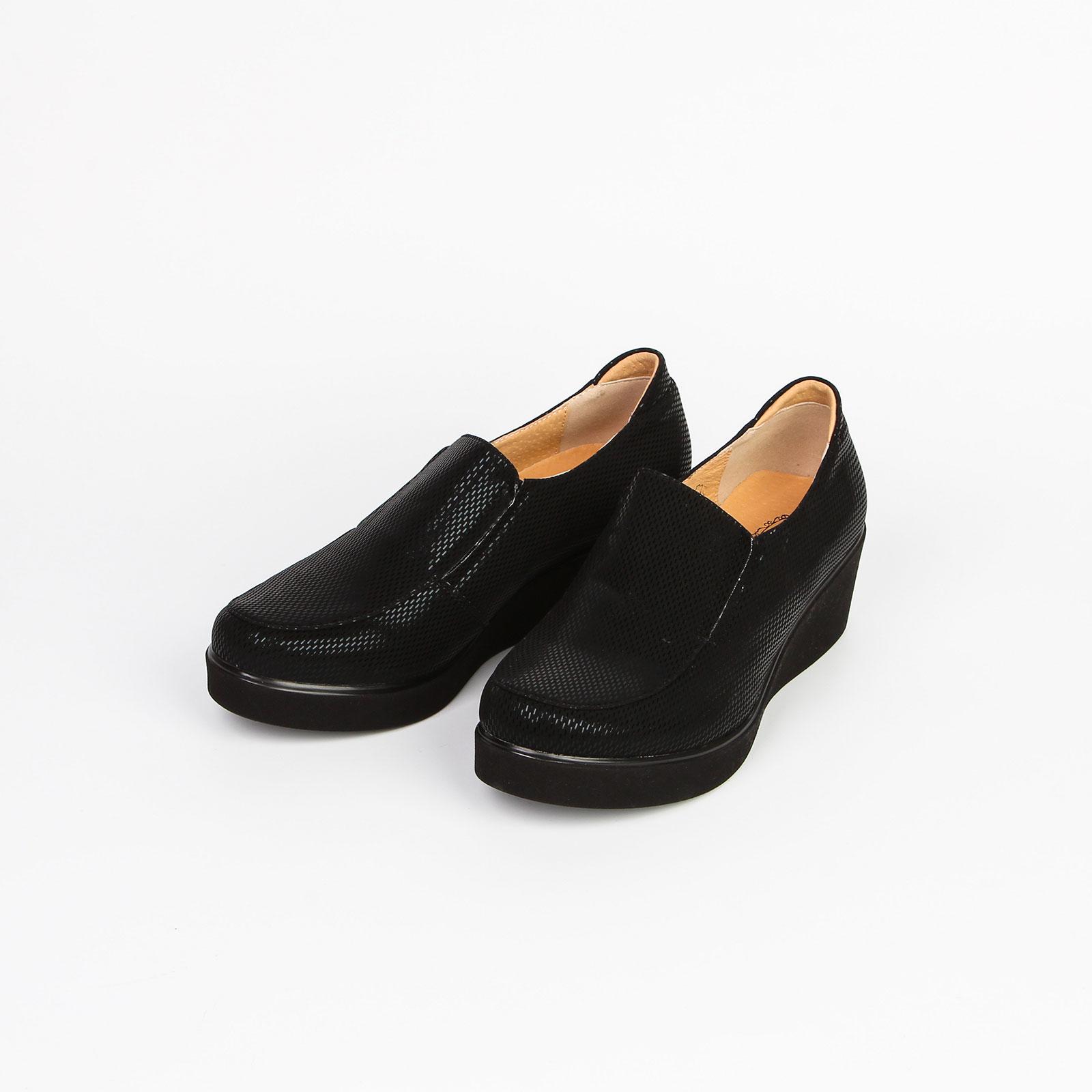 Туфли женские с подкладкой из натуральной кожи