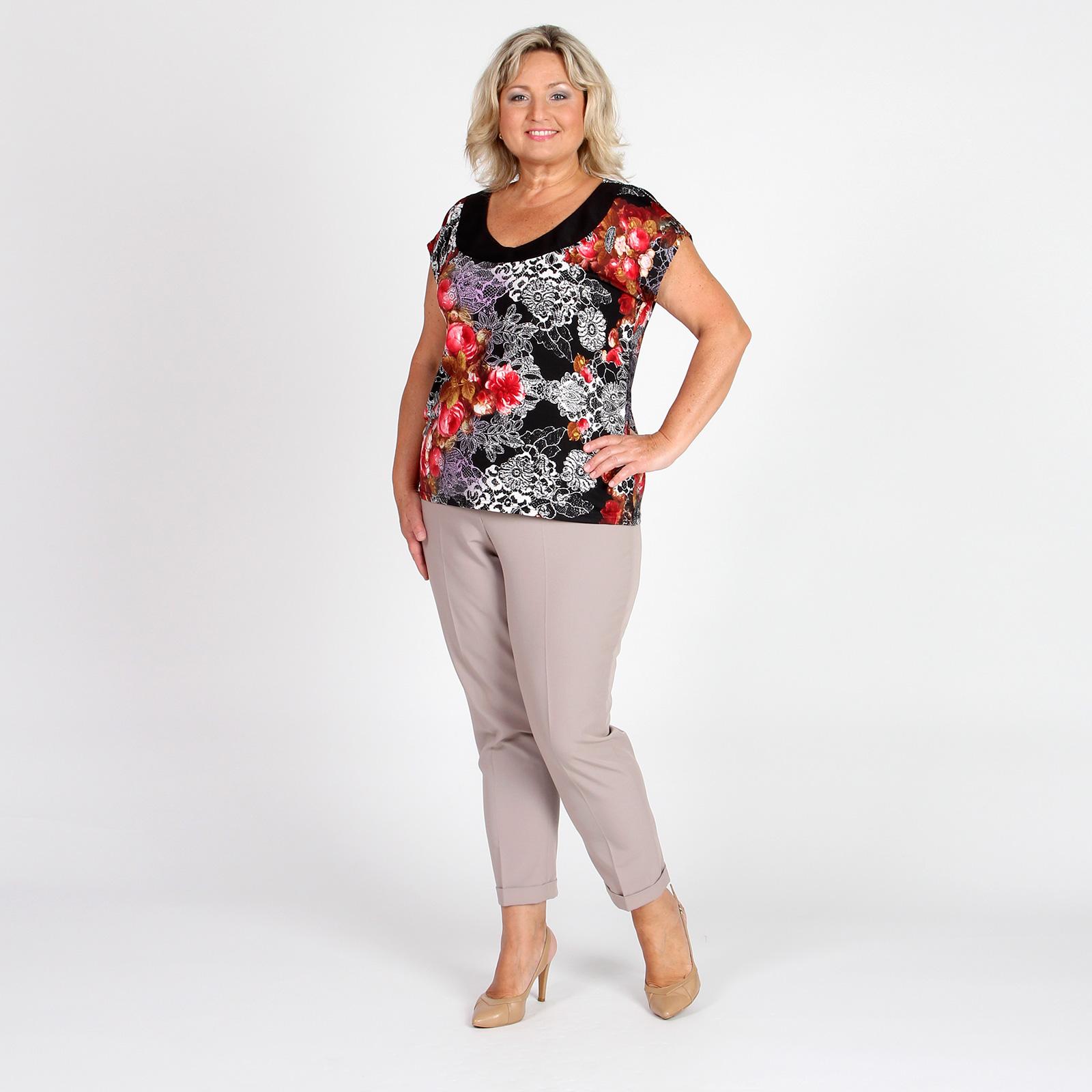 Блуза с контрастными вставками на груди