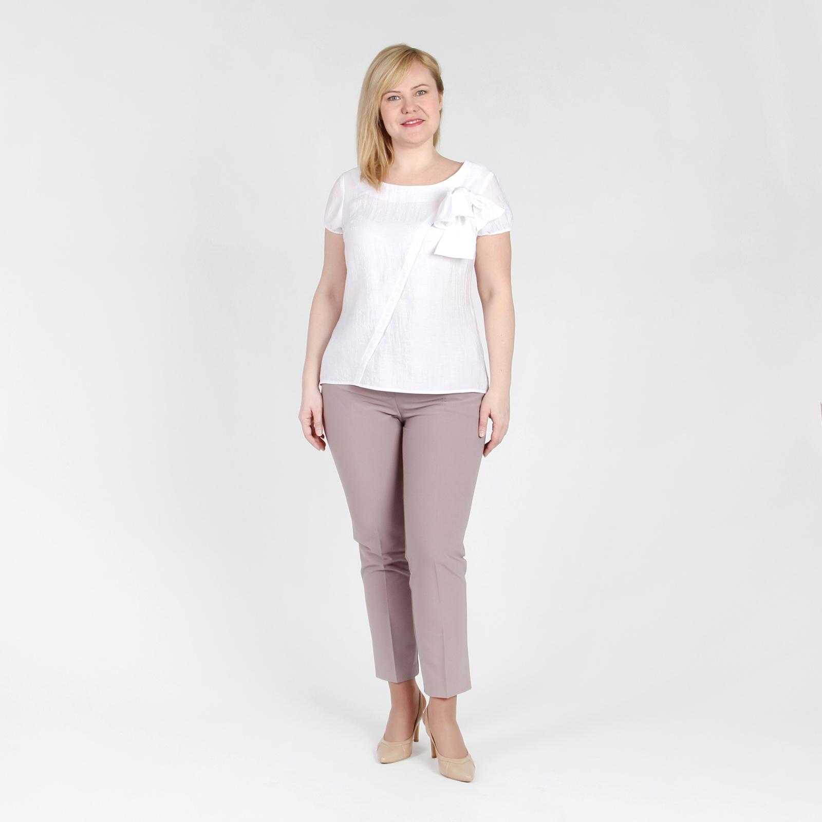 Блуза асимметричного кроя с дизайнерским бантом