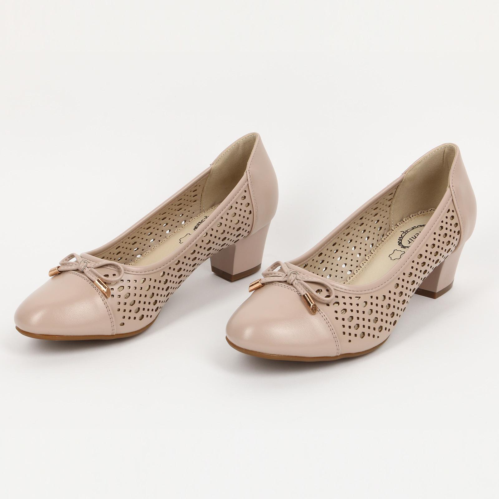 Туфли с бантиком и на устойчивом каблуке