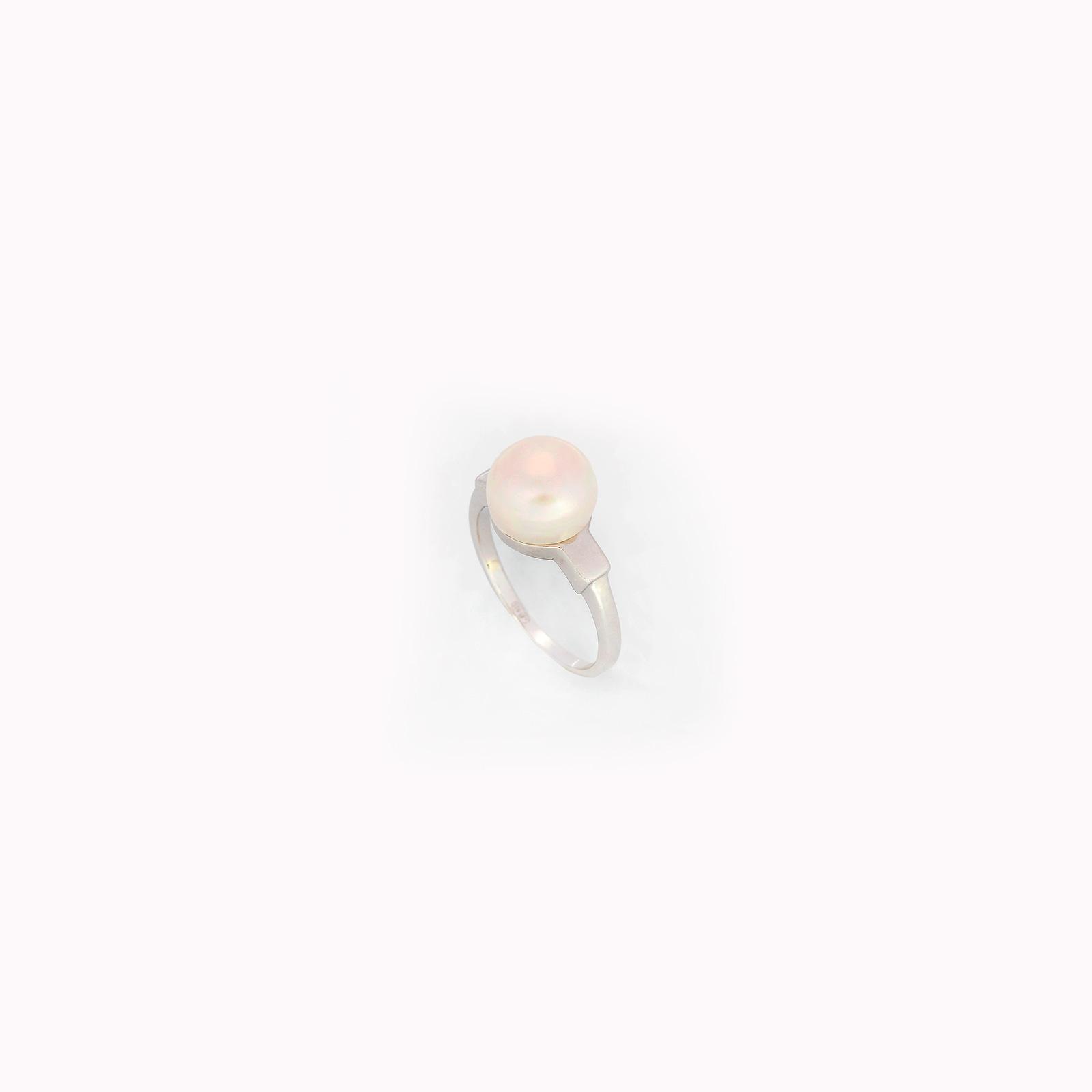 Серебряное кольцо «Жемчужина»
