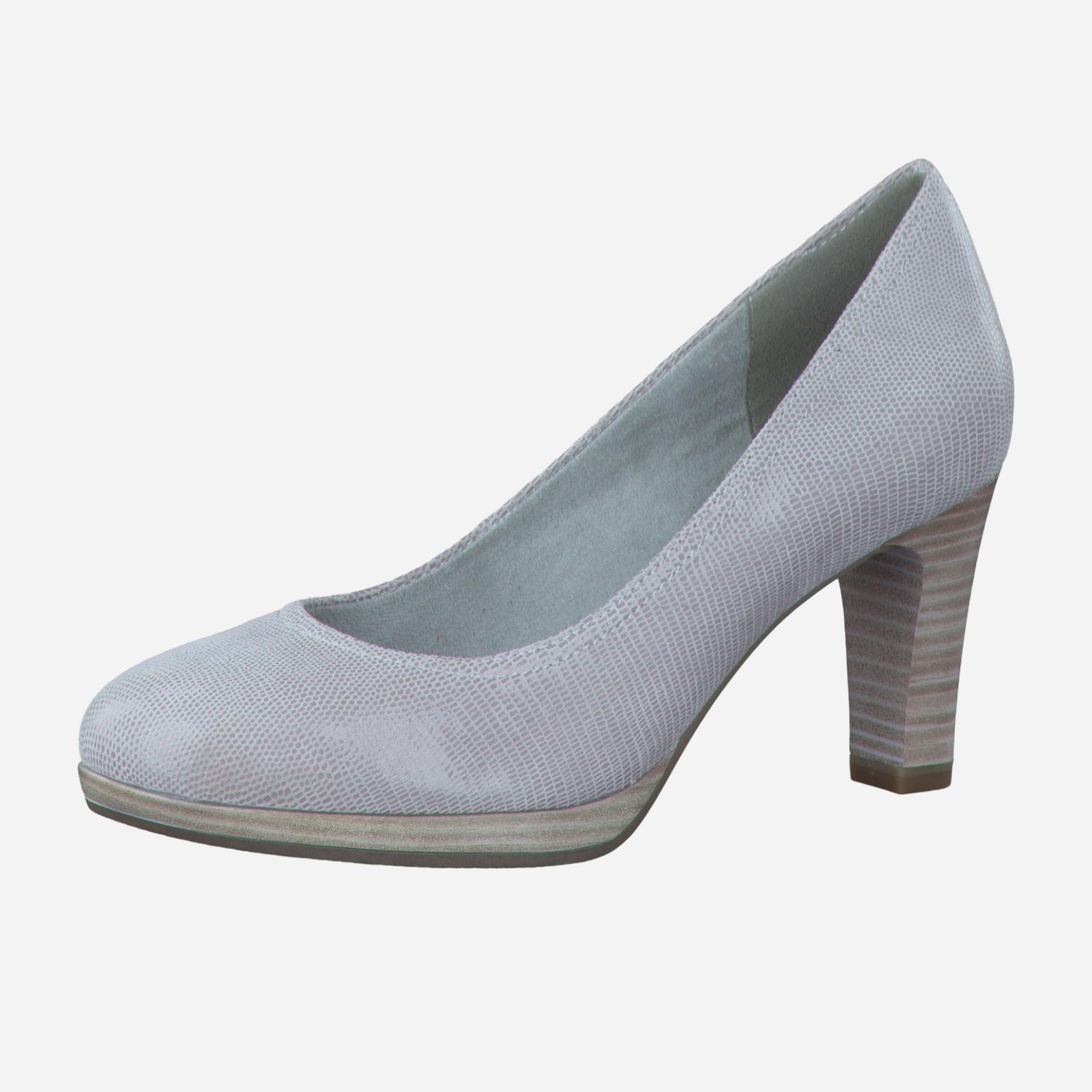 Женские туфли на наборном каблуке