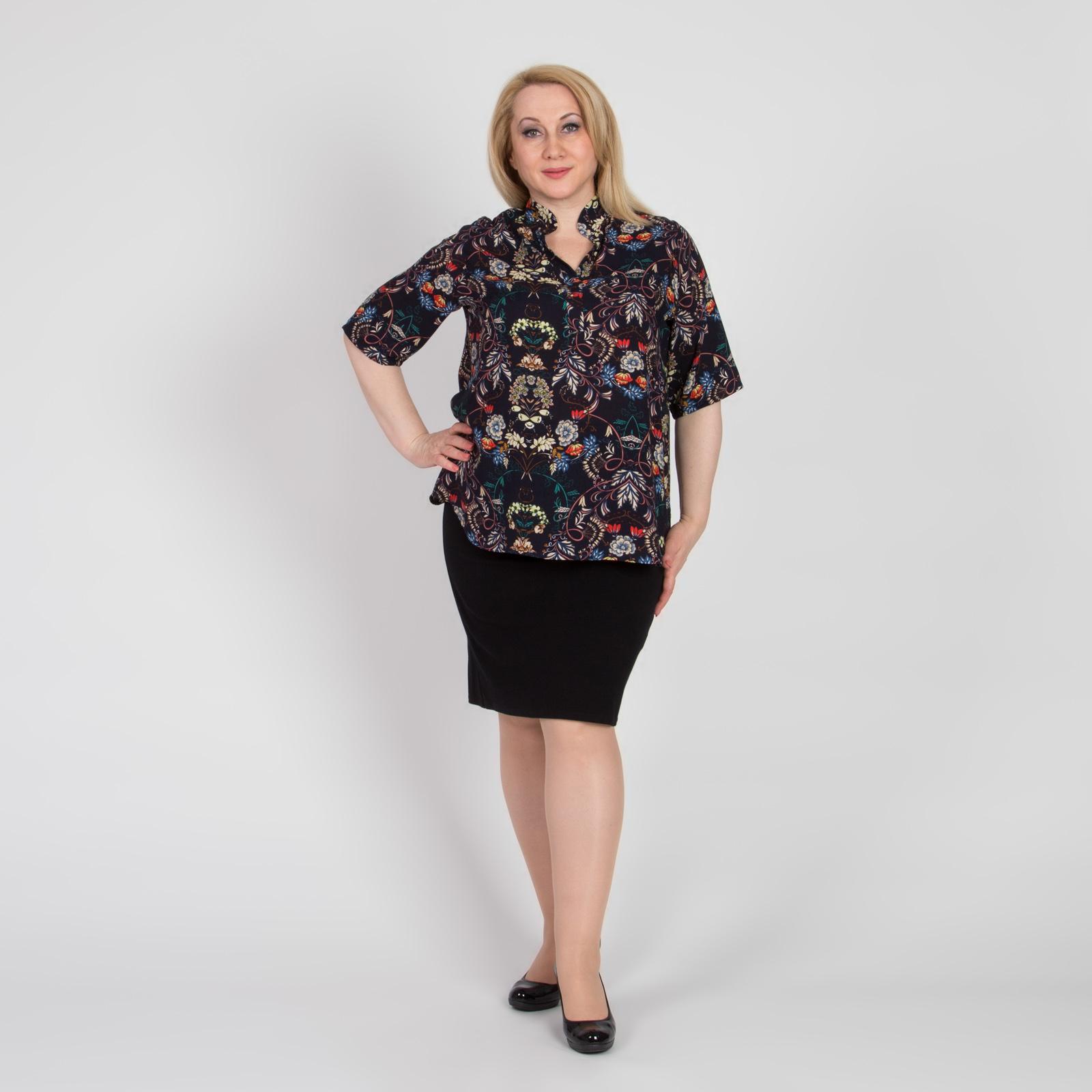 Блуза прямого кроя с отложным воротником