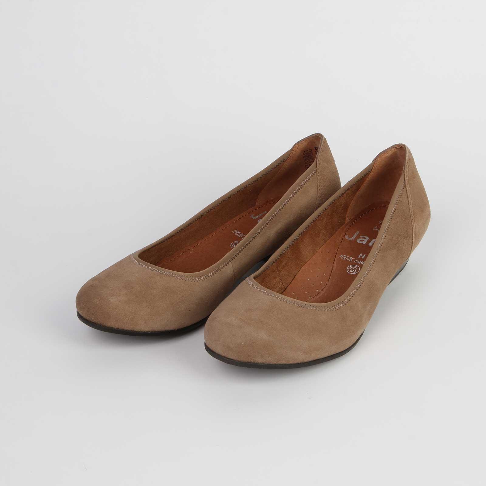 Лодочки женские из натуральной кожи на невысоком каблуке