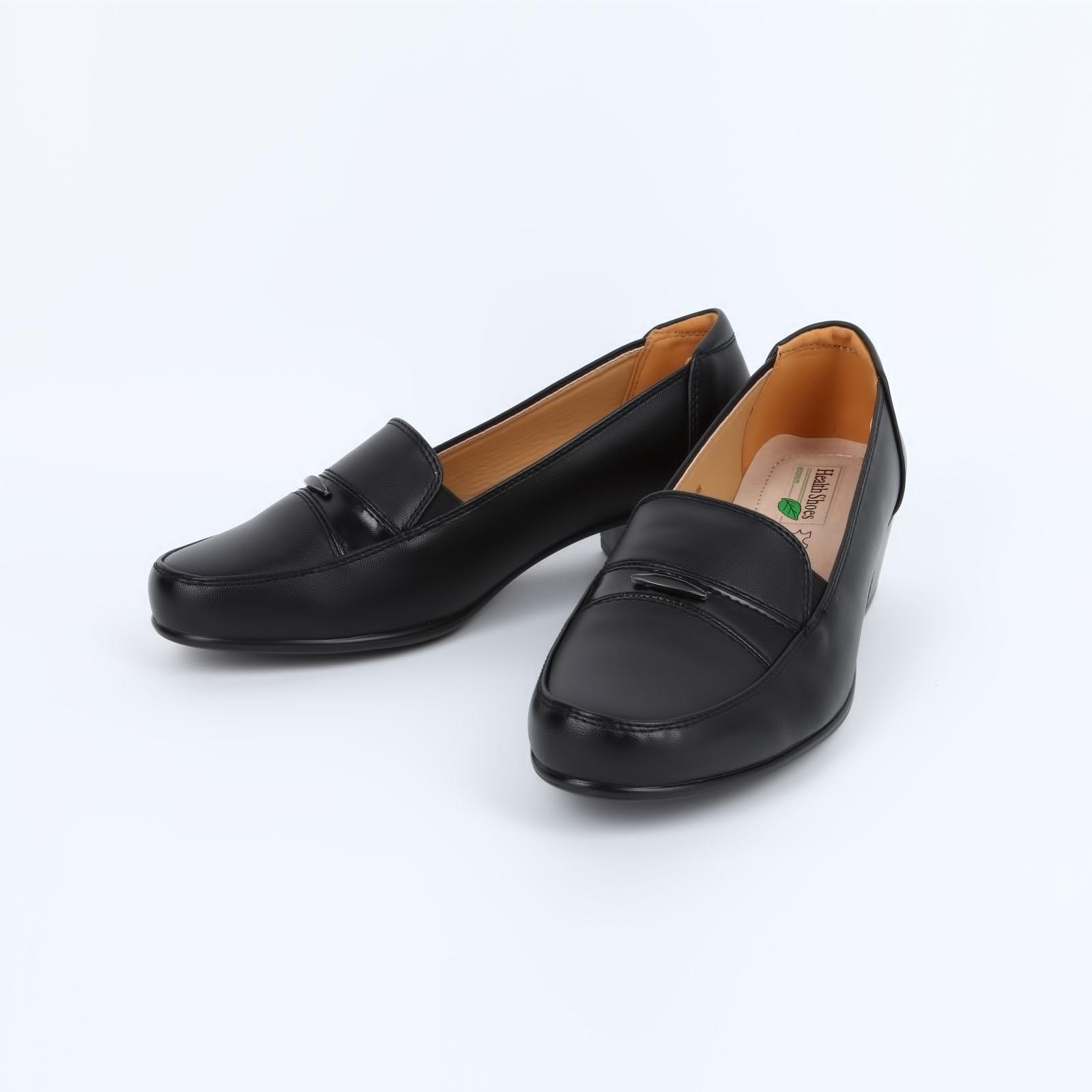 Туфли на каблуке с эластичными вставками